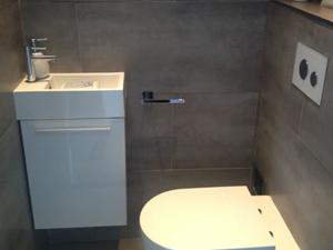 Spaanse wc met tegel stock afbeelding afbeelding bestaande uit